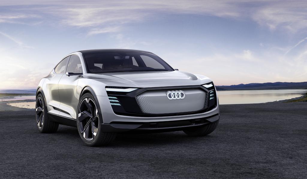 eモビリティ専用のアーキテクチャーを採用: Audi e-tron Sportback conceptを上海モーターショーで発表