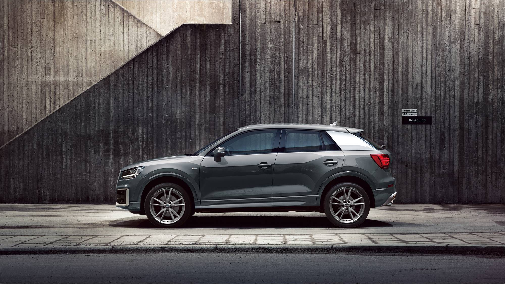 Audi Suv Models >> Q2発売を記念した導入限定モデル Audi Q2 1st edition | Audi Japan Press Center - アウディ