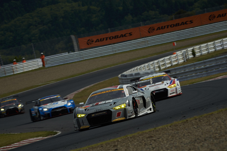 SUPER GT第3戦、2台のAudi R8 LMSが熱戦を繰り広げ共に完走