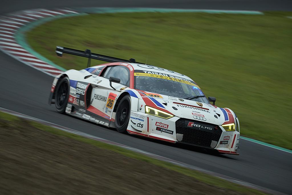 SUPER GT第4戦、2台のAudi R8 LMSが大混戦をくぐり抜け完走