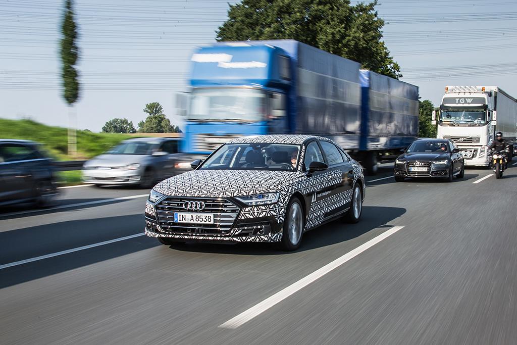 テックデイ:自動運転 – 新型Audi A8に搭載されるAudi AIトラフィックジャムパイロット –