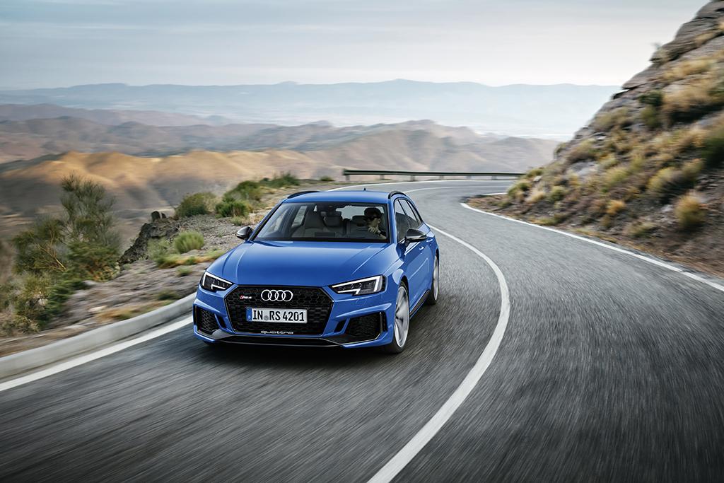 RSアイコンの登場:新型Audi RS 4 Avant