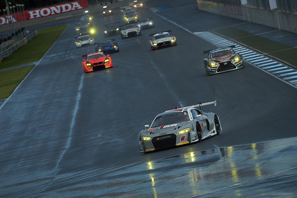 SUPER GT第7戦、Hitotsuyama Audi R8 LMSが初のPPを獲得
