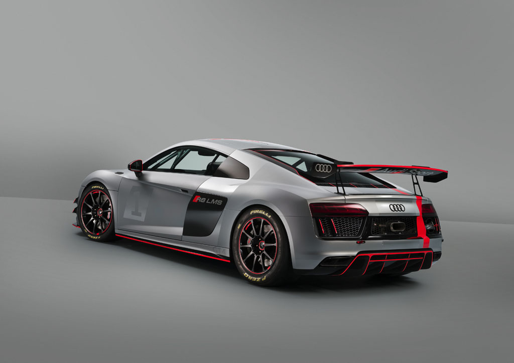 Audi R8 LMS GT4を日本初公開
