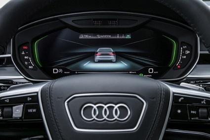 新型Audi A8のAudi AIトラフィックジャムパイロット