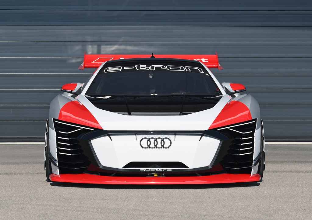 Audi e-tron Vision Gran Turismo、プレイステーションからサーキットへ