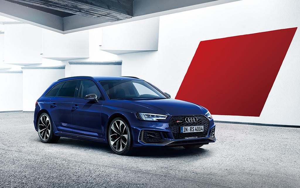 新型 Audi RS 4 Avant を発売