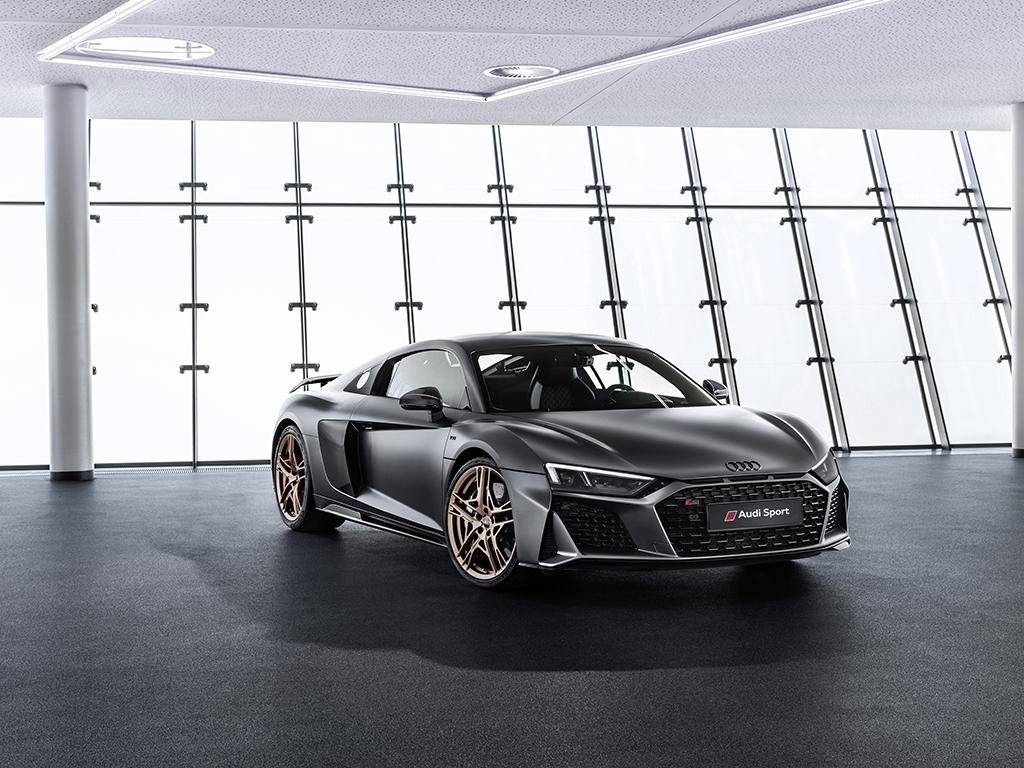 Audi R8 V10 Decennium:V10エンジン10周年記念 限定モデル