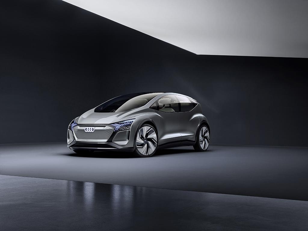 大都市のためのモビリティ - Audi AI:ME を上海モーターショー2019で発表