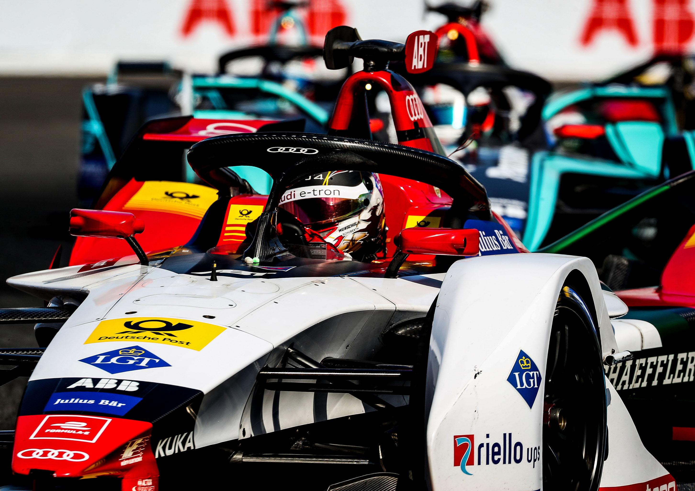 アウディ、電気自動車フォーミュラE、チーム総合2位でシーズン終了