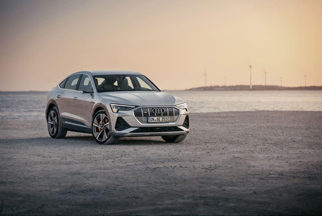 Audi e-tron Sportback:e-tronファミリーのSUVクーペ