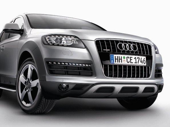 Audi A3 Sportback、S3 Sportback、A4/ A4 Avant、Q5の装備/仕様を変更