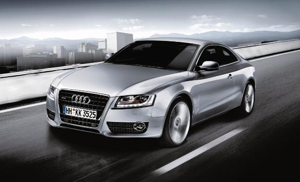 Audi A5 2.0 TFSI quattroの装備を充実 -クルーズコントロール、APSを標準装備-