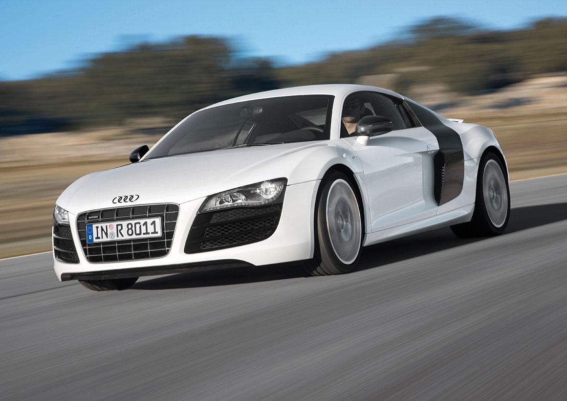 Audi R8 Coupéの装備/仕様を変更 -V8 4.2リッターエンジンの最高出力が向上-