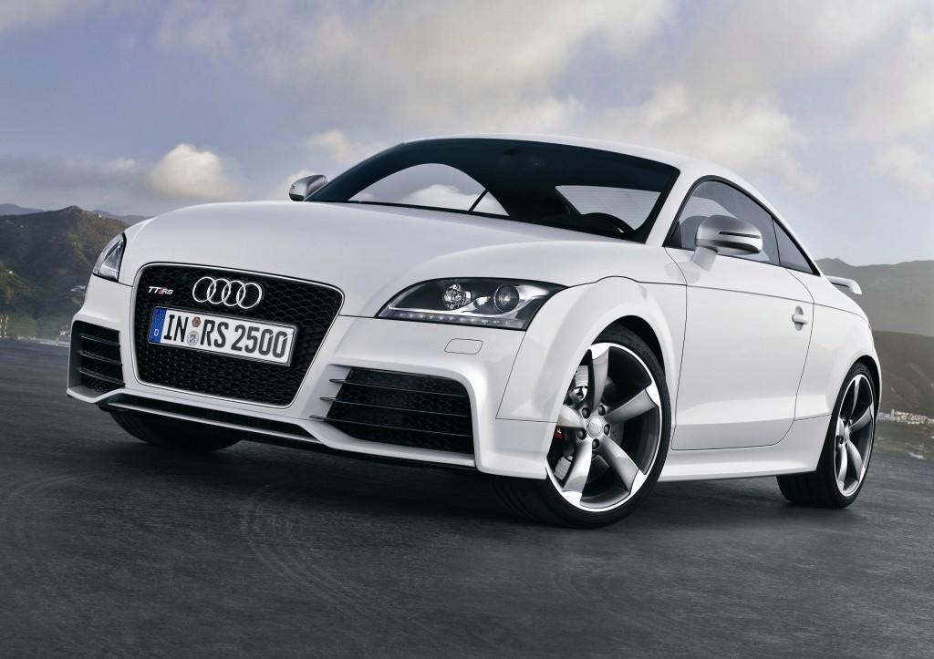 Audi TT RS Coupé 7速Sトロニック トランスミッション モデル登場 - 先進のトランスミッションが、ハイパフォーマンスと高いドライバビリティを両立 -