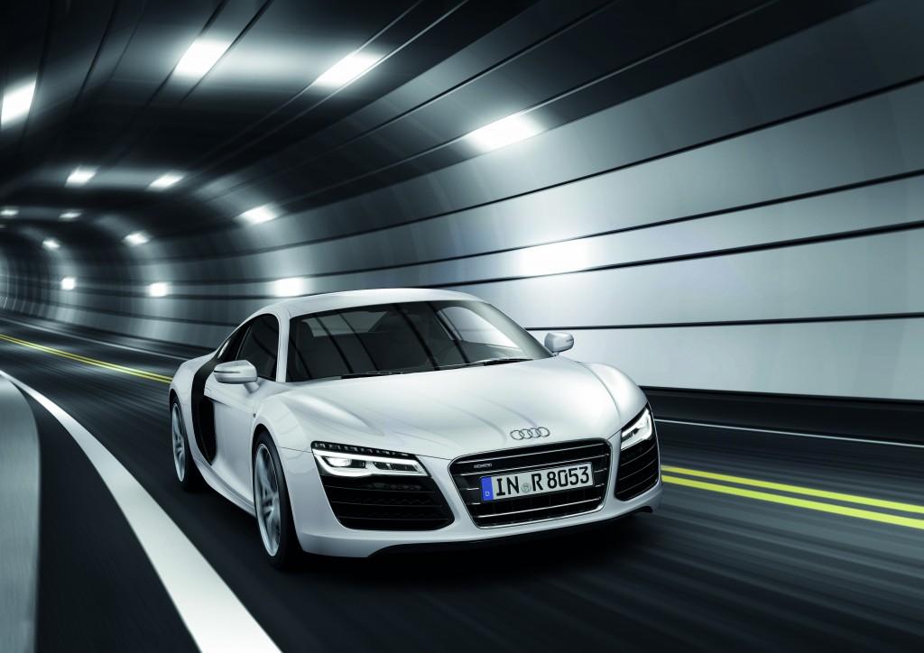 新型Audi R8先行予約を開始
