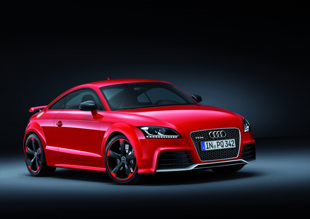 新型Audi TT RS Plus Coupeを発売