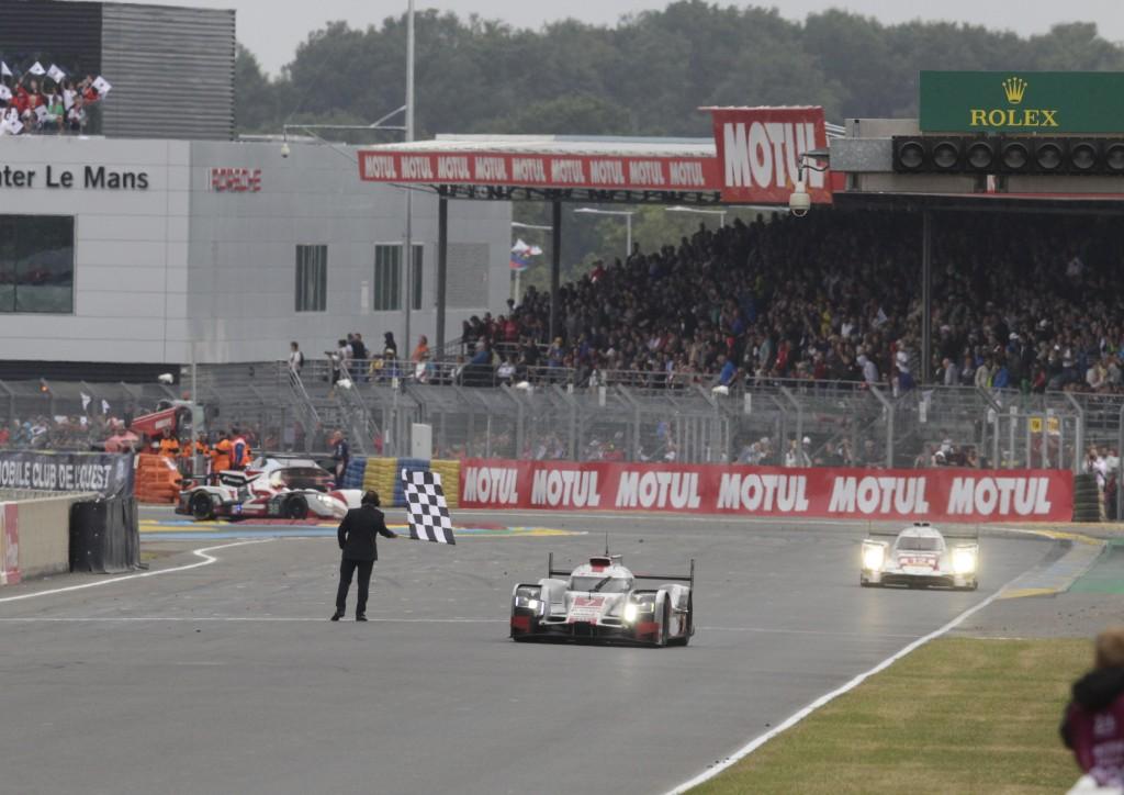 Audi、ル・マン24時間レース最速記録を樹立するも、不運に見舞われる