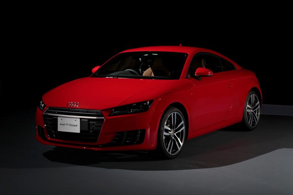 """新型 Audi TT Coupe / Roadster 及び Audi TTSを発売—アウディの""""プログレッシブ""""アイコンが9年ぶりにモデルチェンジー"""