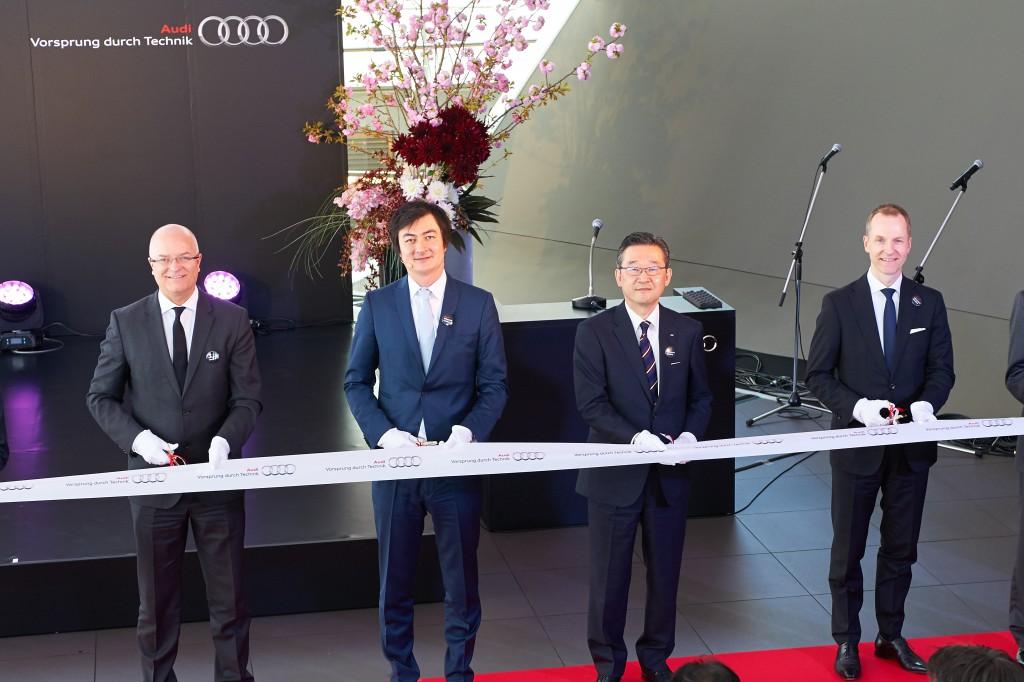 アウディ初、Audi梅田ほか、大阪エリア3店舗を同時オープン