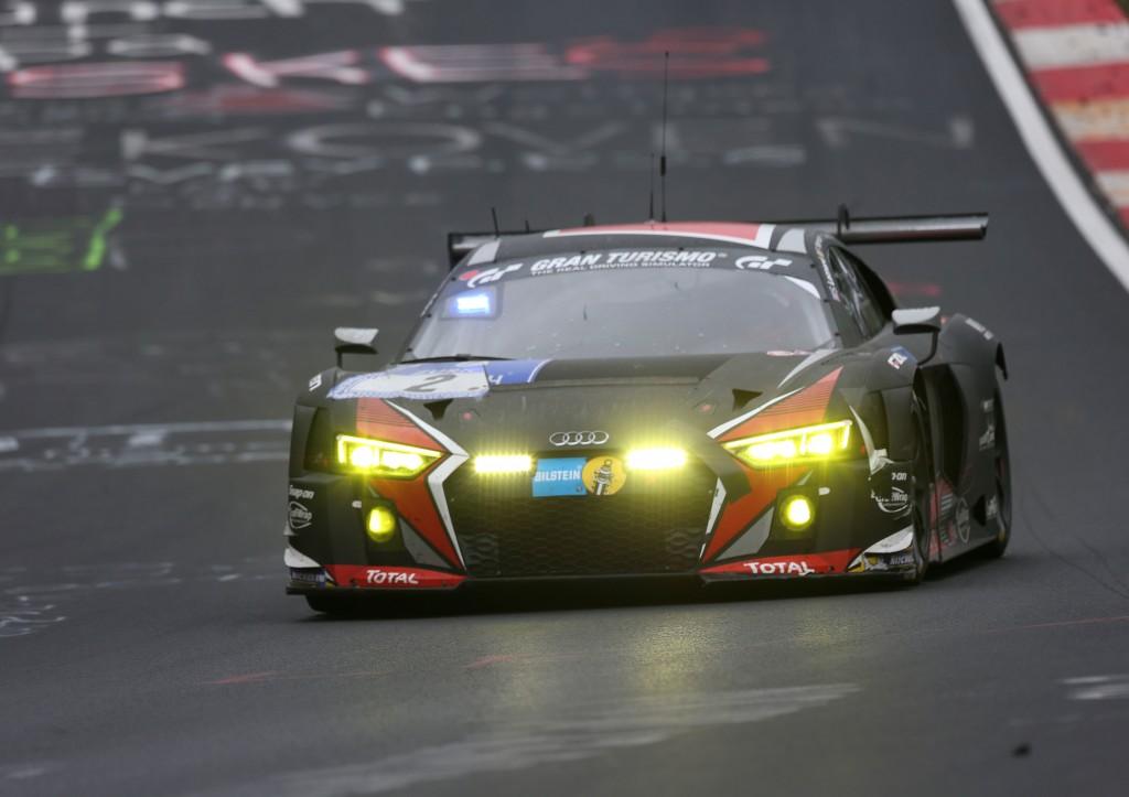 Audi、ニュルブルクリンク24時間レースで多くのアクシデントに見舞われる